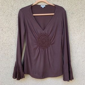 Cache crochet boho bell sleeves top brown v neck L